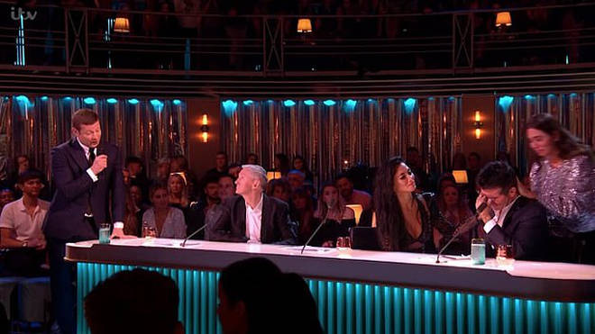 Simon Cowell Breaks Down In Tears Live On X Factor As Girlfriend Lauren Silverman Heart