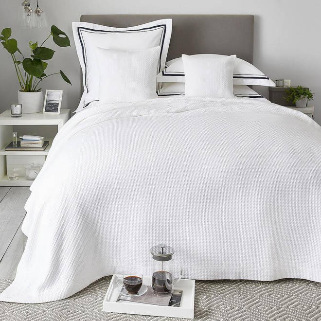 The bed linen is back for 2019