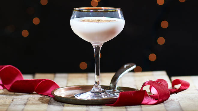 This cocktail will add a touch of class to a Christmas Eve party