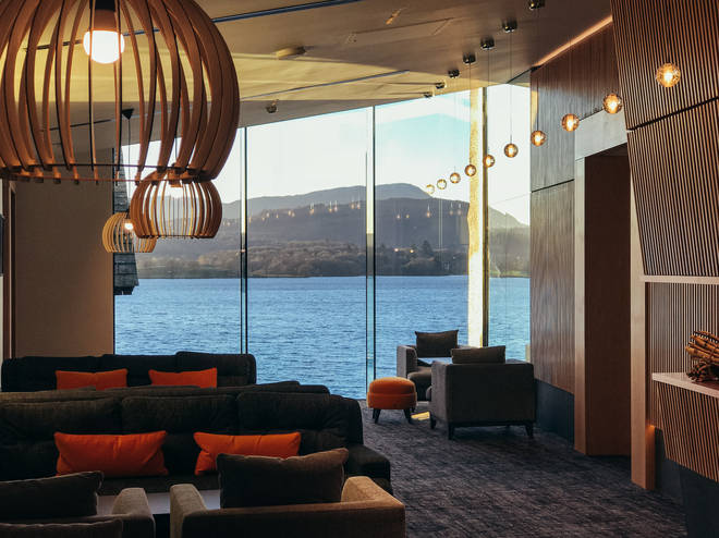 You can enjoy gorgeous views of Lake Windemere while staying lovely and warm