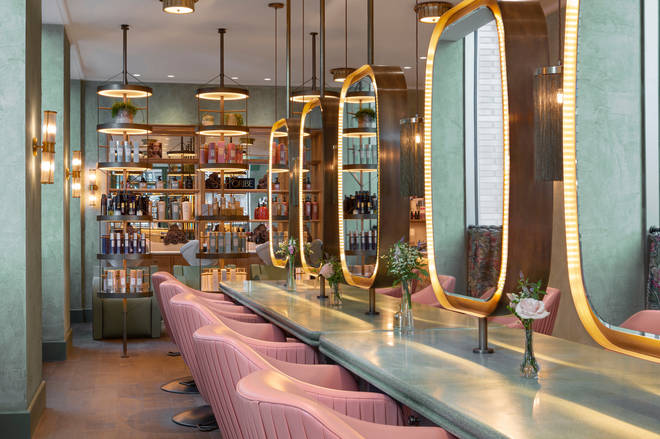 Linnean has been decorated in a modern, art-deco style, perfect for a pamper sesh