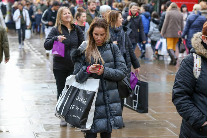 Shopaholics are wanted for the new Channel 4 show Supershoppers