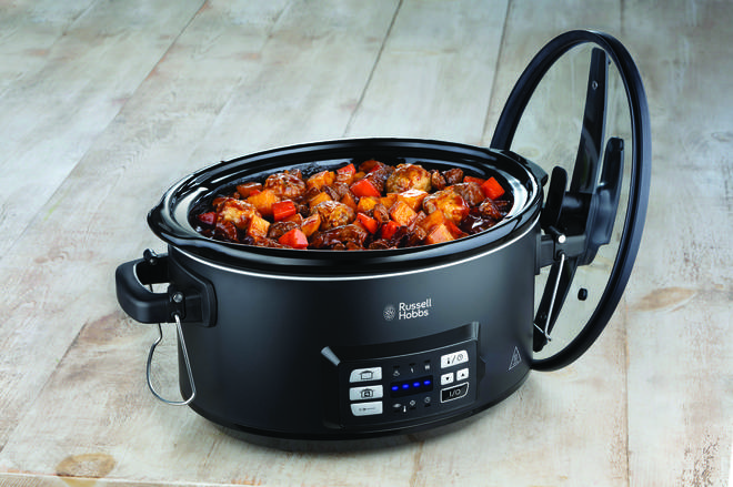 Sous-vide slow cookers