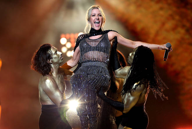 Ellie Goulding performed her 2015 hit Love Me Like You Do