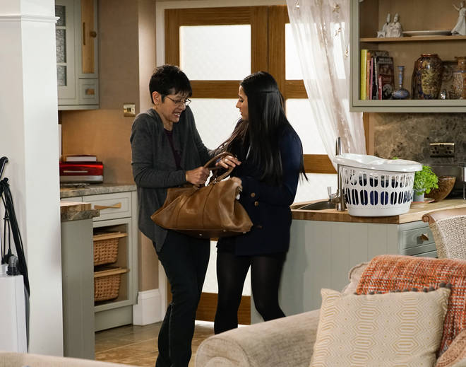 Alya tries to make Yasmeen leave on Coronation Street