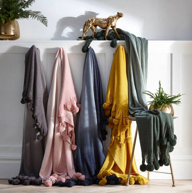 These stylish throws come in a variety of colours