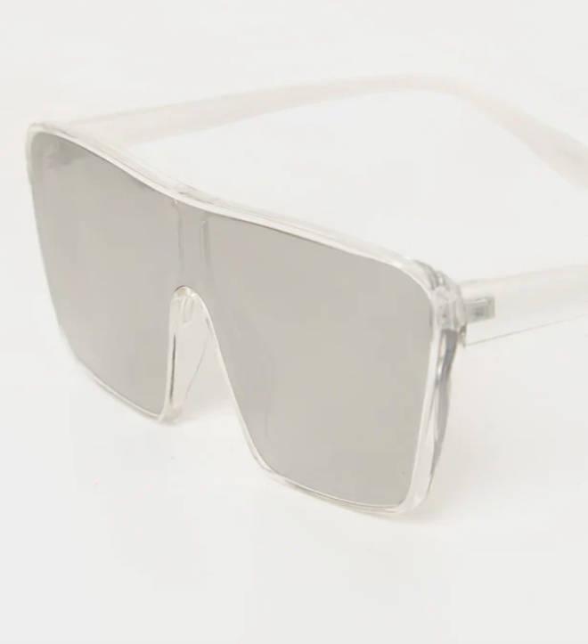 Oversized Square-framed sunglasses
