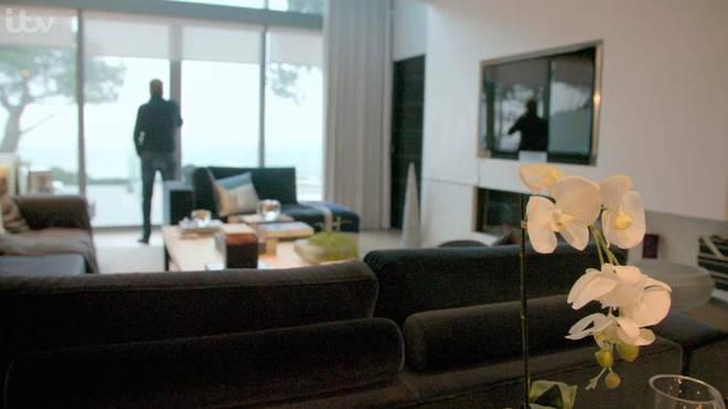 Harry Redknapp and Sandra's living room
