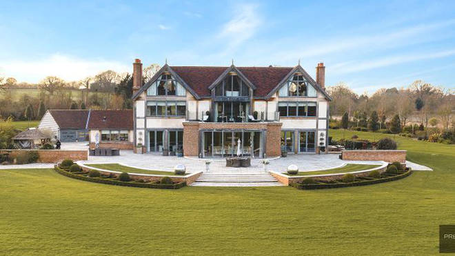 5-bed property in Essex