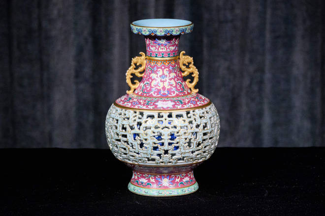 This 18th century vase sold for more than £7million