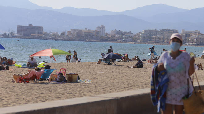 Brits returning to the country from Spain now need to quarantine for two weeks