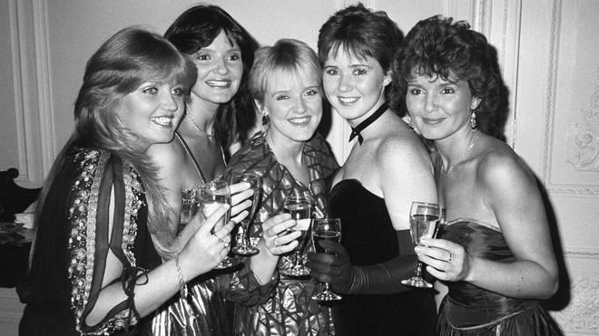 Linda, Anne, Bernie, Coleen and Maureen Nolan
