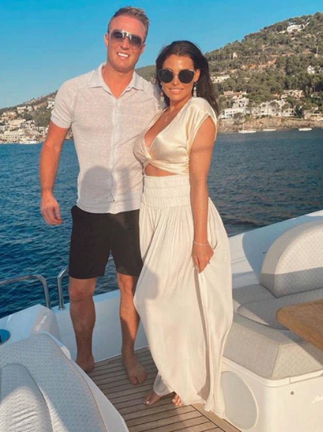 Jess Wright and her fiancé William Lee-Kemp