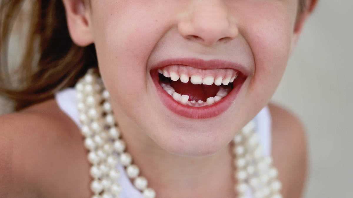 Mum sparks debate over how much cash the Tooth Fairy should leave kids