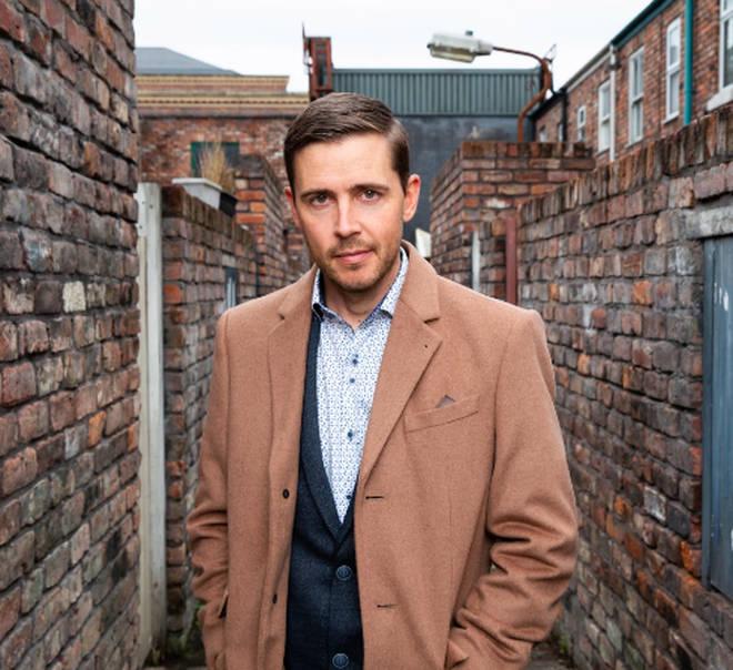 Gareth Pierce has replaced Bruno Langley as Todd Grimshaw