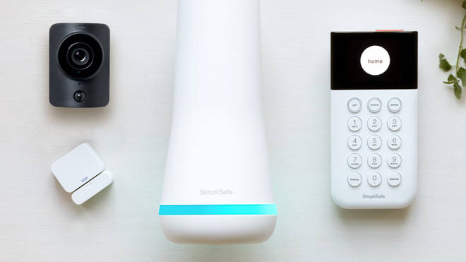 The Foundation core kit from Simplisafe