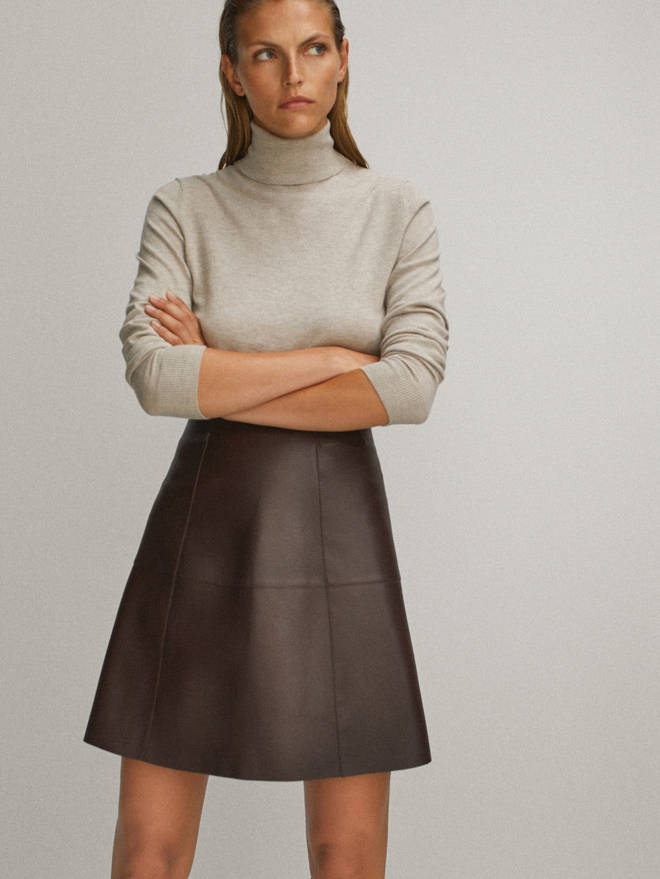 Holly Willoughby's skirt is from Massimo Dutti