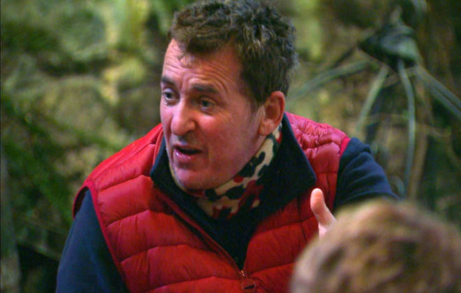 Shane Richie was spotted referring to 'R&R' on last night's show