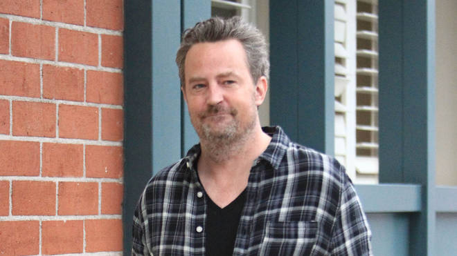 Matthew Perry is engaged to his girlfriend