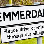Emmerdale street sign