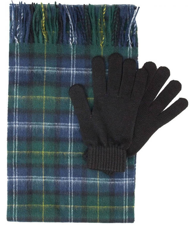 Make sure your loved ones stay fashionable and warm with this set by Barbour