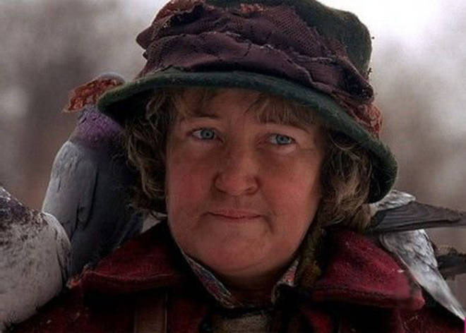 The pigeon lady appears in Home Alone 2: Lost in New York