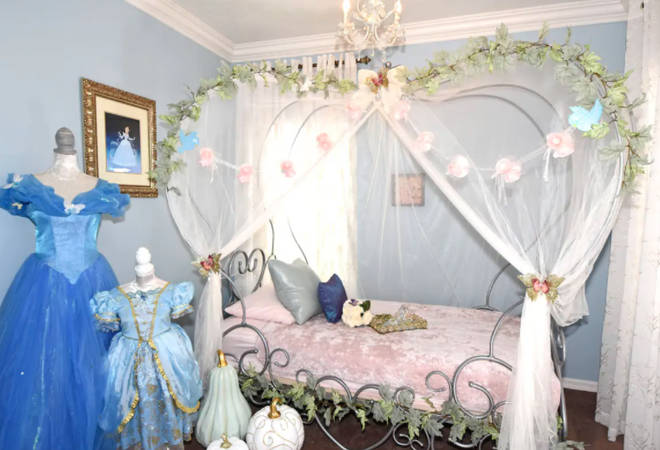 There is a Cinderella themed room for children