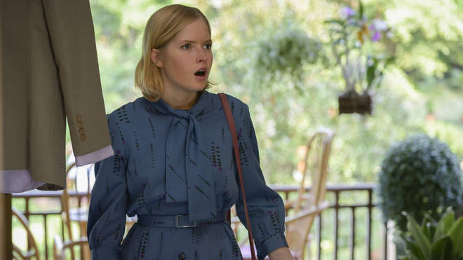 Ellie Bamber plays Angela Knippenberg in The Serpent