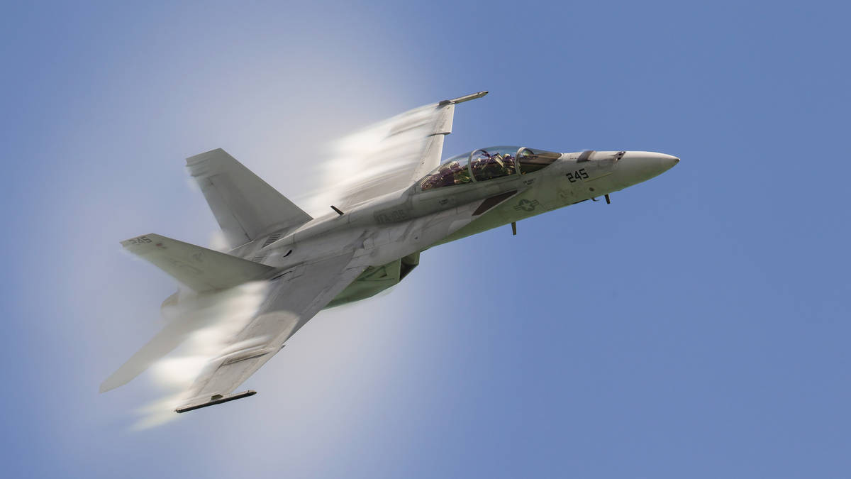 What is a sonic boom, which plane did it come from and ...