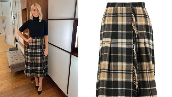 Holly Willoughby has rented her skirt