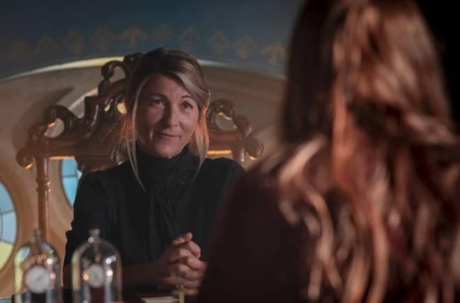 Eve plays Farah Dowling