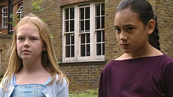Justine was Tracy's enemy at the Dumping Ground