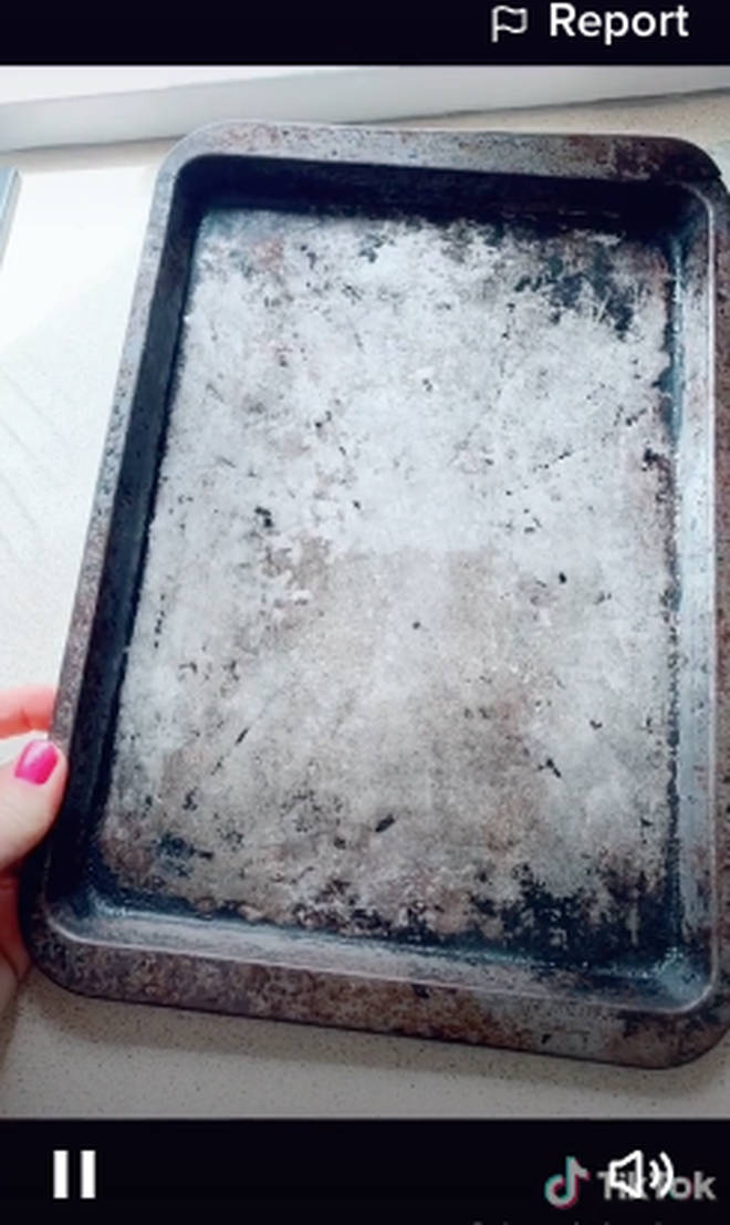 A TikTok user revealed how she gets her baking trays sparkling clean