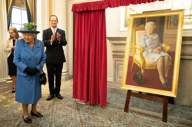 The Queen unveils a new portrait