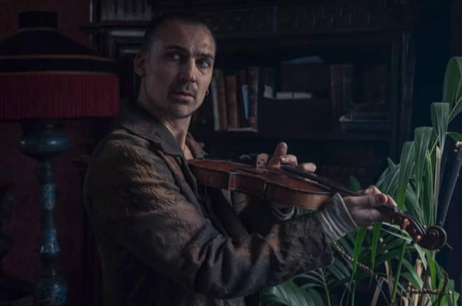 Henry Lloyd-Hughes plays Sherlock Holmes in The Irregulars