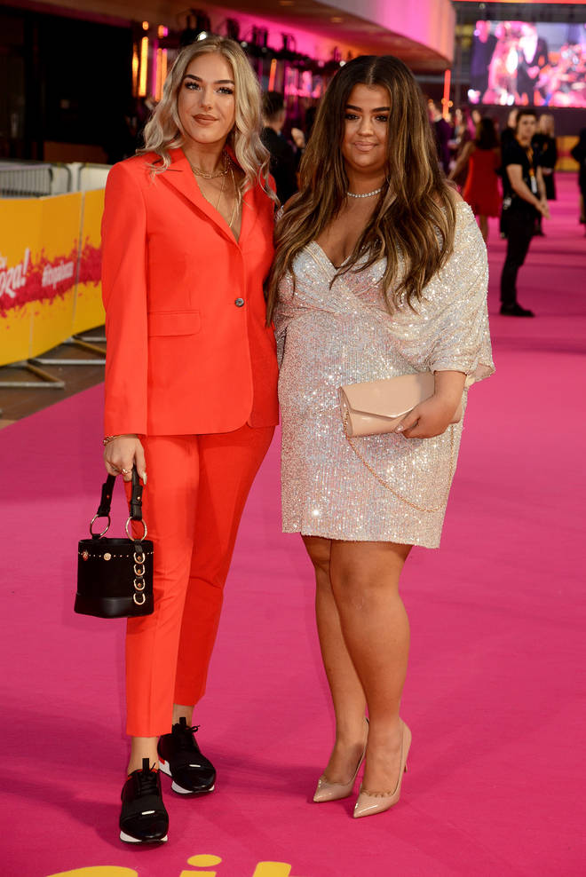 Scarlett on red carpet with co-star Bella Penfold