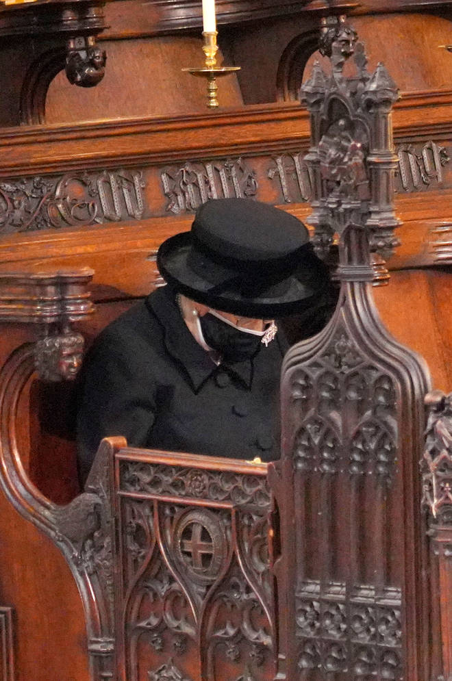 The Queen sat alone, following Government coronavirus rules