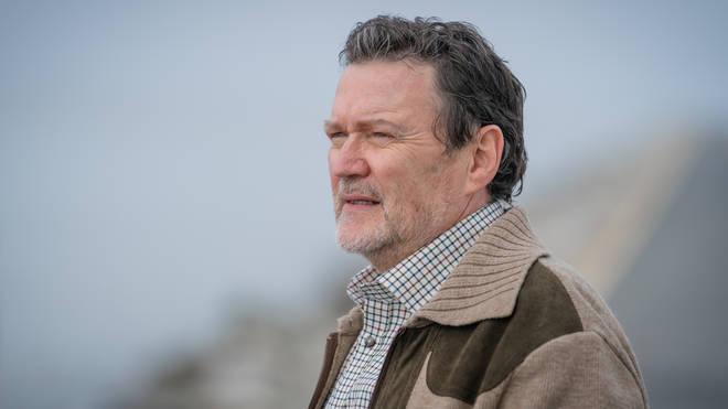 Ian Puleston-Davies plays Donald ÔDonÕ Vernon in Viewpoint