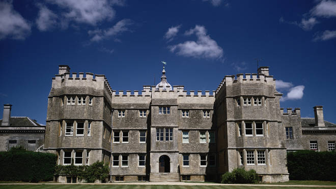 Rousham House in Oxfordshire is used as Alconleigh