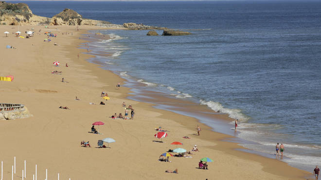 Brits must wear face masks on the beach in Portugal