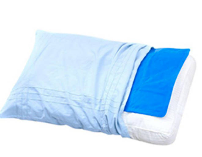 The cooling pillow mat just needs to go into the fridge for an hour before bedtime