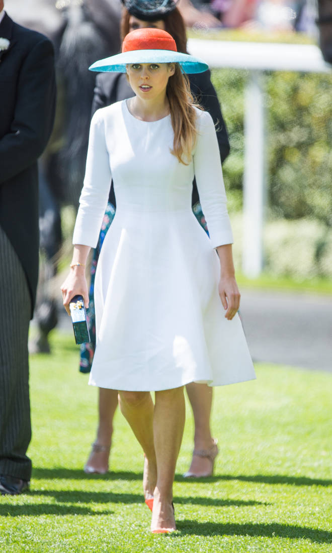 Princess Beatrice wore this simple and beautiful white dress to Ascot in 2015