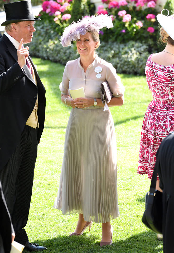 We love this nude look that Sophie, the Countess of Wessex, wore to Royal Ascot in 2018