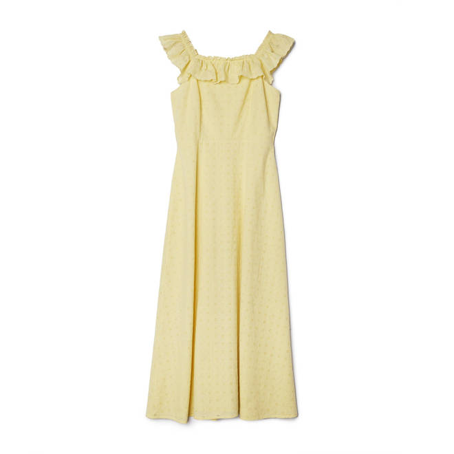 Holly Willoughby is wearing a yellow dress from Albaray