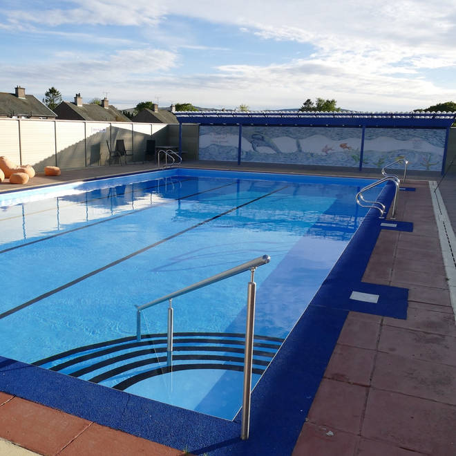 This outdoor swimming pool is open May to September