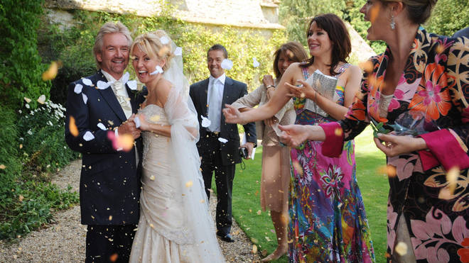 Noel Edmonds and his wife Liz on their wedding day in 2009