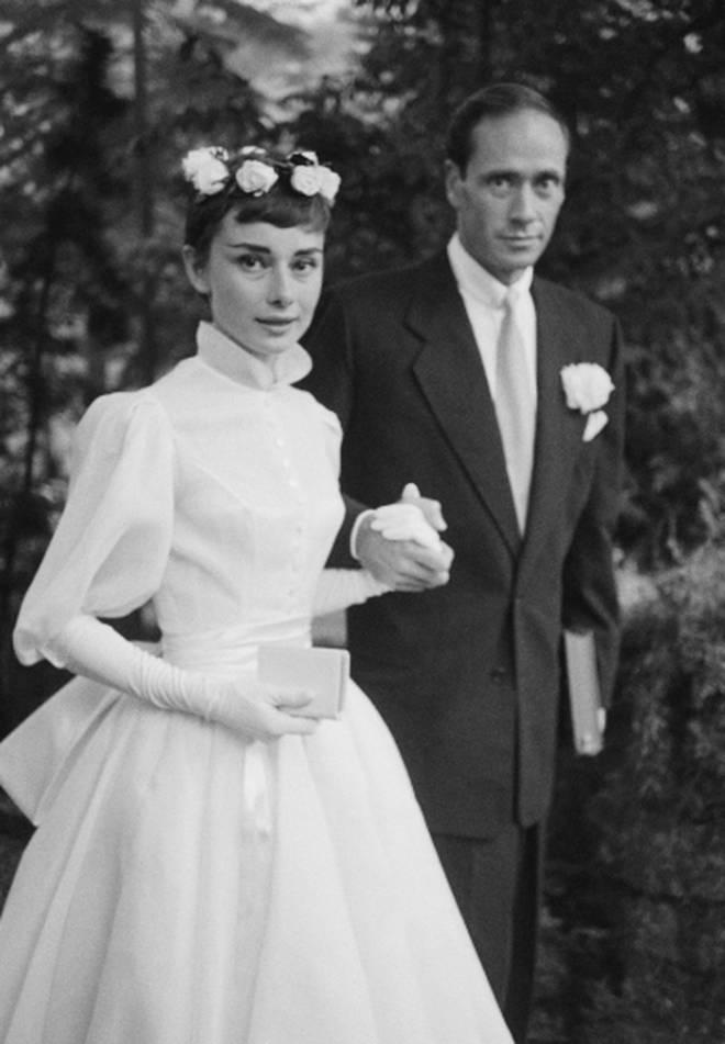 Audrey Hepburn marries Mel Ferrer in Balmain