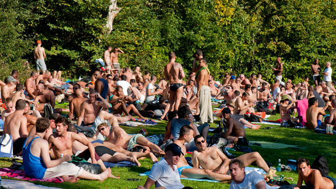 Brits could be sunbathing into September