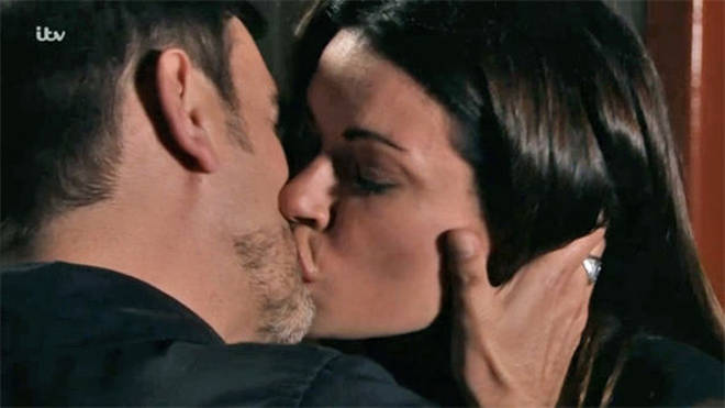 Will Carla and Peter reunite in 2019?