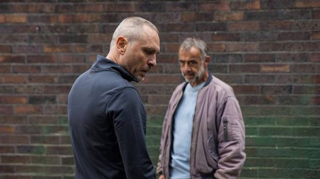 Tez is played by Stephen Lord on Coronation Street